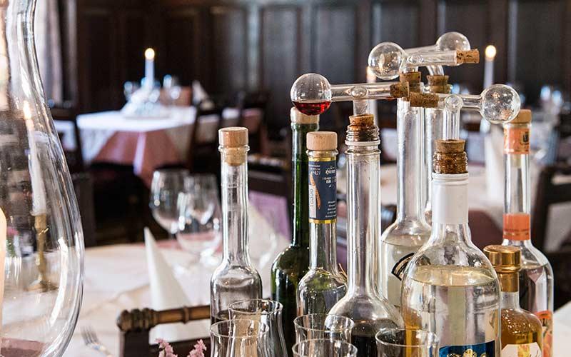 Hotelbar Salzbar Bar Aperitif Drink Bier Wein